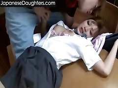 Милая блондинка, японский подросток в жопу жестко