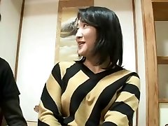 44yr older Japanese Mummy Squirts and Creampied (Uncensored)