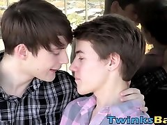 Barebacked twink jerks it off until he is well-prepped to spunk