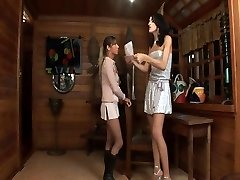 Tall transgirl nails a girl with a delight