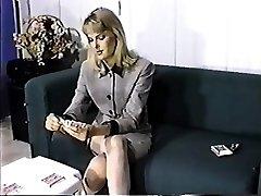 De-robe Poker - Jennifer Avalon