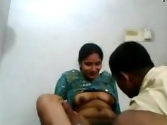 Tenlengana village house wife sex with servant - Indian Porn Videos
