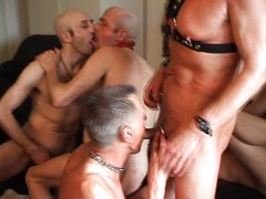 Gay-Bareback-Groupsession-Part2