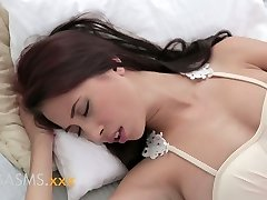 ORGASMS Young big-boobed asian indian gal romantic breeding