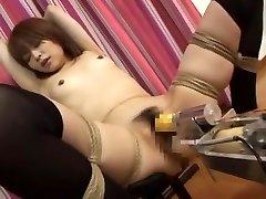 מדהים יפנית בחורה מיו-סוגיאורה נהדר, ציצים קטנים, המזוין מכונות JAV קליפ