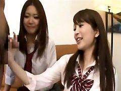 Subtitled CFNM Japanese schoolgirls tagteam sucky-sucky