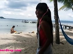 Ameteur Little Teenie Heather Deep at the beach give deepthroat