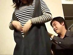 Grūtniecēm, Japānas beibes kļūst slammed