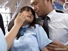Iskola lány szar busz