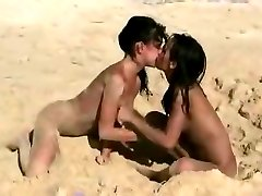 Teen on the beach - Nudist Lesbo