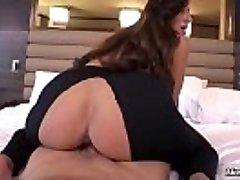 Bubble Butt Milf Anal Ravaging POV