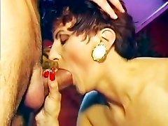 Reality Reife Frauen Ficken Sich Jung 12 - Scene 1