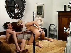 肛門メイド-助手