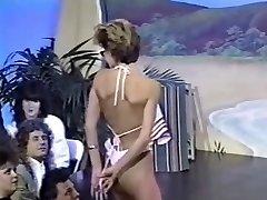 Three retro sans bra bikini contests