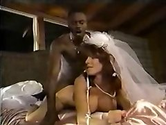 White Bride Black Spunk-pump