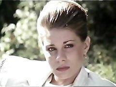 Λειτουργία (1981) με την Τζέιν Μπέικερ