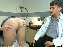 Anal-Bleaching mit Tricia Oaks