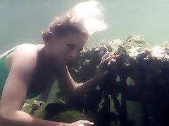 víz alatti lányok