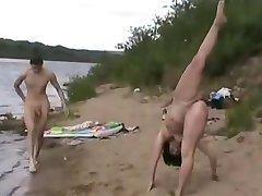 Praia De Nudismo - Ginasta - Máximo De Exposição