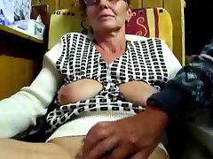 Dede parmakları ile karısı mastürbasyon