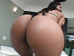 Latina banged on her room properly