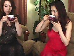 Yuki Tsukamoto, Yumi Kazama Erotic