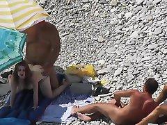 סקס על החוף מציצן 4 DR3