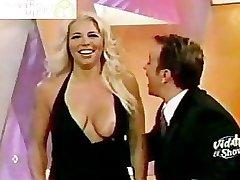 Eduman-Private.com - La Vecina Nipple Slip