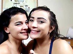 Brazilski Lesbian Dubok Poljubac