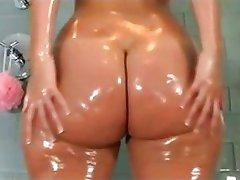 Big Butt Queen - Booty - Ass - Curvy - Shake