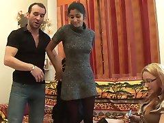 Casting amateur Indian girl - Telsev