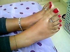 teenager indian feet