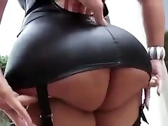 Sexy latina with big cupcakes