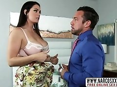 Finicky Mother Alison Tyler Lets Hot Wood