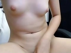 fingerblasting and rubbing pink pussy