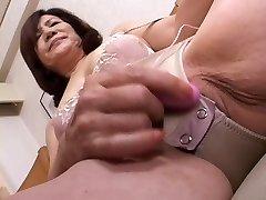 masturbating chinese gran part1