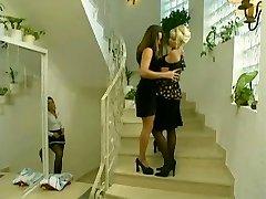 Maid sneaks on  lesbians