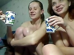 Two Kinky Girls Fisting And Squirting On Cam