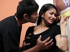 Teen Girl Enjoying With Psycho Priyudu - Romantic Short Films