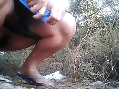 pissing in nature 10259