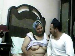 Hungry Arab Woman. Amateur