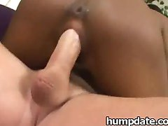 Hot interracial threesome with cum swapping