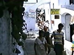 Anomaloi Erotes Stin Santorini