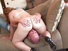 Tini punci tele van farkad, mint a Pufók Leenuh Rae kap egy kis sexercising kész