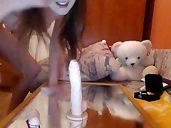 teenage jennaleen frigging herself on live webcam