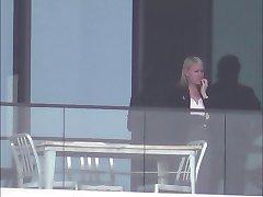 fereastra hotelului 52