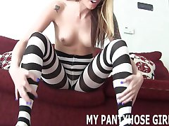 My sexy little pantyhose will drive you wild JOI