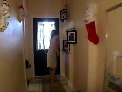 Eine Hausfrau let loose - Brookie Jacobs