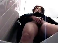 jp skrite wc masturbacija 1 - 1-5