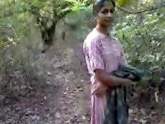 Desi Bang-out in Jungle(jungle main mangle)